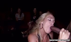 Glamour blonde giving a awesome deep deepthroat blowjob for stripper