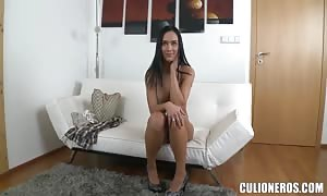 adorable beauty Victoria delicious gets her cunt tongued
