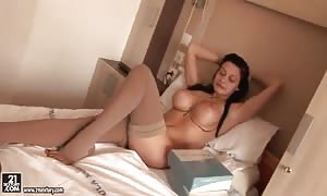 extremely turned on striptease from Aletta sea