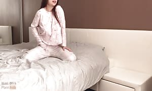 youngster with good fun bags has passionate sex in the morning - Mini diva