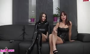 casting with kinky lezzies in sexy rubber costumes playing on web-cam